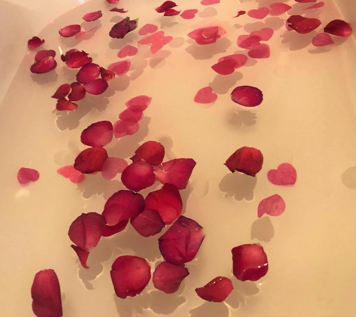 Valentine's Day Games - Valentine's Day Bath