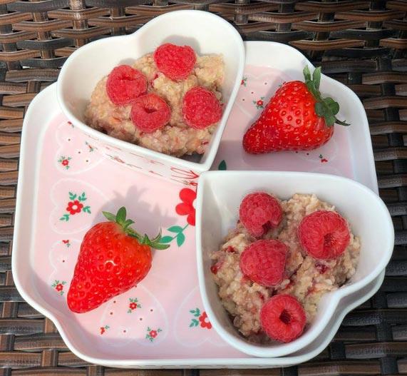 Valentine's Day Oatmeal Breakfast